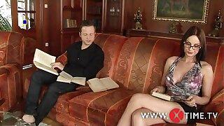 Luca Tassinari si scopa una fica spaziale assetata di cazzo(Abbie Cat)! XTIME.TV