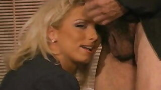 Real Life Mature MILF Tries Swinging Session With A Man