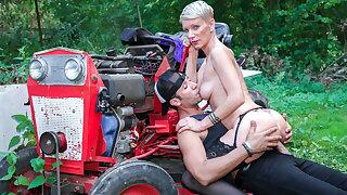 LA COCHONNE Sexy Cougar Mia Wallace Tries Anal With A Farmer