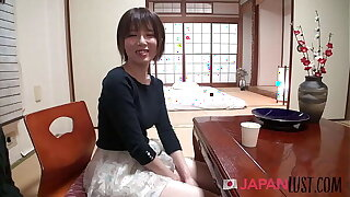 Shy Japanese MILF Hirono Ago Gives Up Control - JapanLust