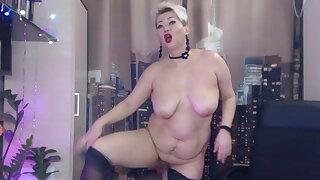 Super mature Russian slut AimeeParadise's asshole gaping .!.
